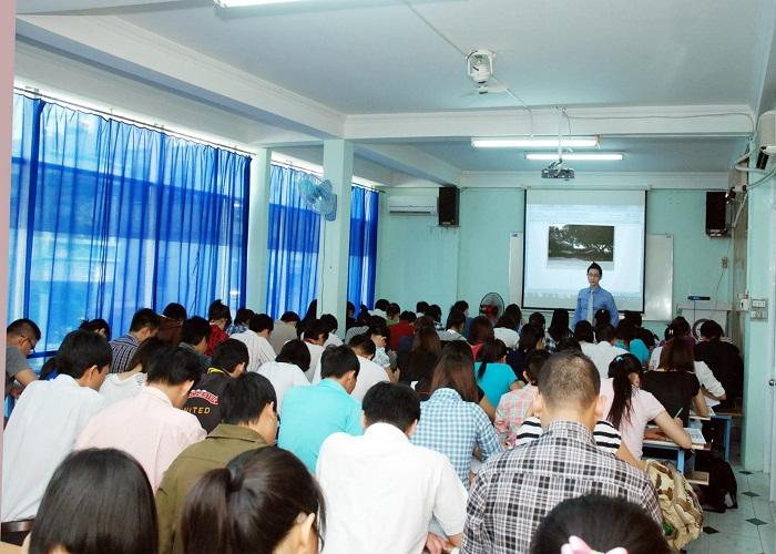 Các trung tâm luyện thi TOEIC tại TPHCM uy tín nhất 3